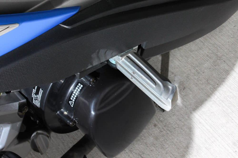 飛旋踏板為標準配備。