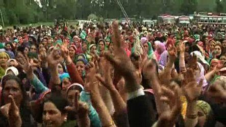 CPIM Kashmir holds rally to observe May day