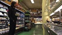 Beautiful: Man Stands 5 Feet Away From The Salad Bar While Browsing