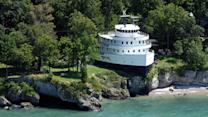 Giant Ship Turned Into Vacation House