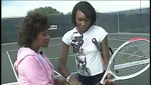 DIANA - Tennis with a Williams sister