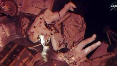 Raw: ISS Astronauts Tackle Urgent Repair Job