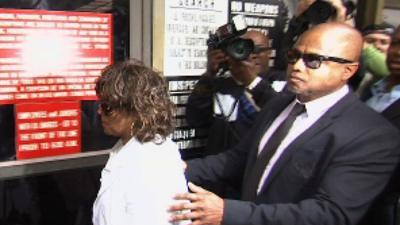 Trial May Include Jackson's Molestation Charges