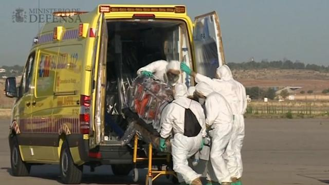 Spanish priest with Ebola arrives in Spain
