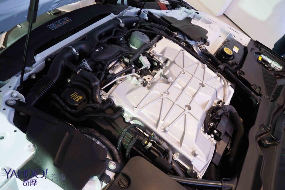 超狂豹力抵台咆嘯!Jaguar F-Type SVR限量導入及新年式發表!