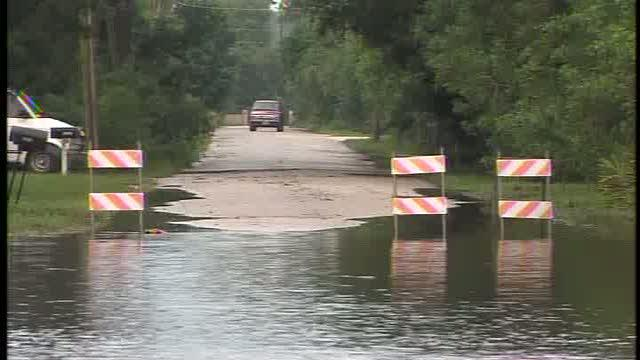Debby leaves Florida, flooding remains