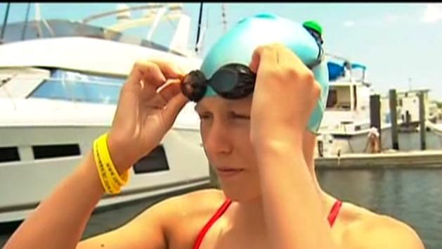 Melbourne swimmer set for record attempt