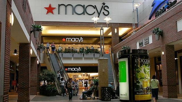 Macy's Hit by Disappointing Q2 Sales, Lowers 2014 Outlook