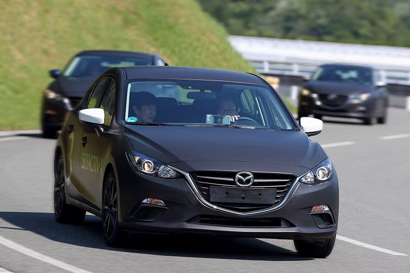 先前我們已經前往廣島試駕到披著現行Mazda3外衣的全新Mazda3測試車,新車最快應該今年就會推出。