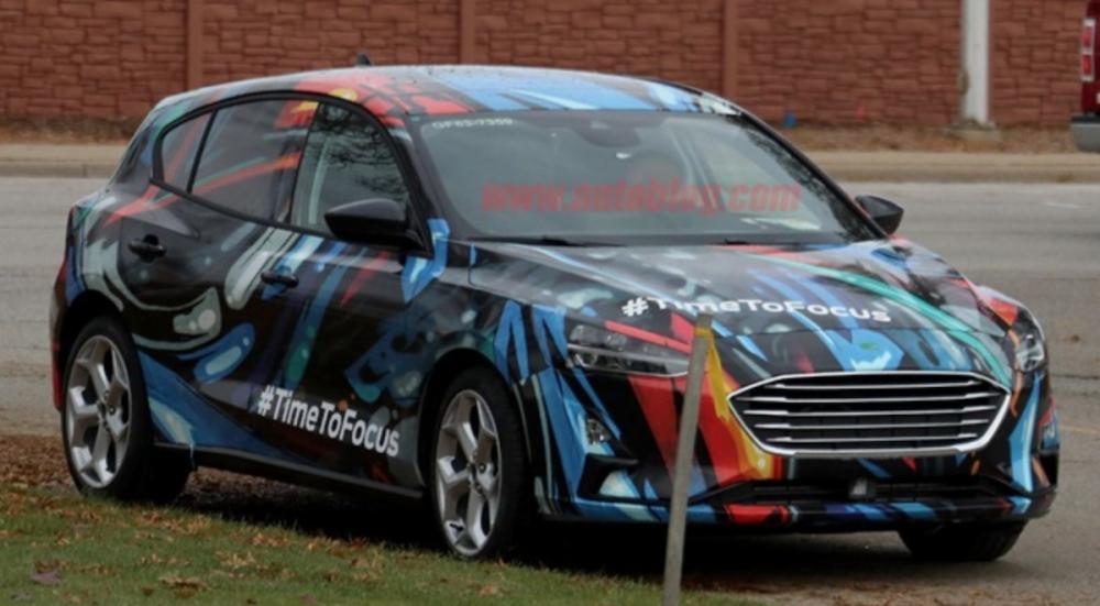 外媒近日指出,這款眾所期待的掀背車,將會在明年初北美車展上亮相,同時最新的偽裝測試照也一併曝光。