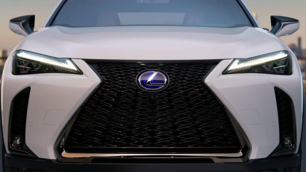 海外快訊!Lexus UX 搶在日內瓦車展前曝光