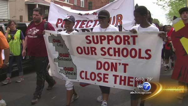 CPS protests continue ahead of key school closings vote