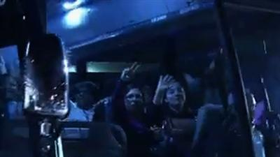 Raw: Cruise Ship Passengers Leave Mobile by Bus
