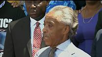 Sharpton Urges Non-violence in Ferguson