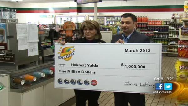 Chicago janitor from Iraq receives $1 million lottery check on 10th anniversary of US invasion