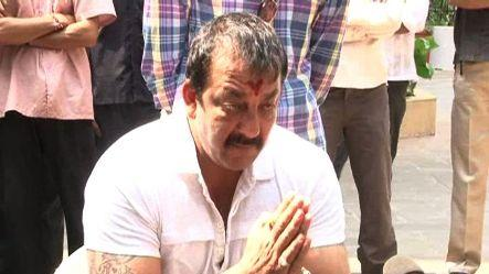 1993 bomb blasts: SC dismisses Sanjay Dutt's review petition