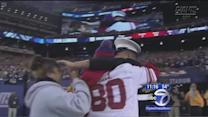 Marine makes surprise homecoming at Giants game