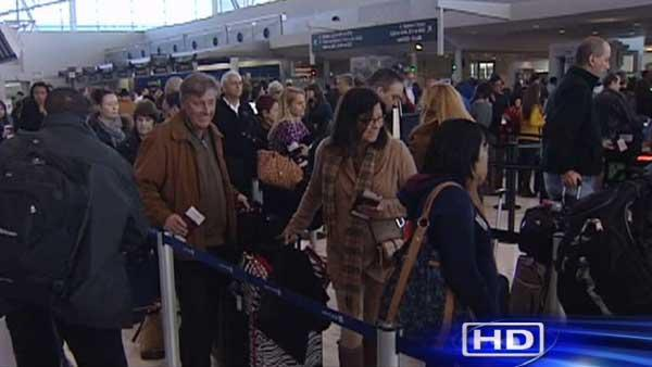 Winter storms threaten holiday travel