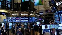 Wall Street weighs economic data; Hewlett-Packard sales fall short; Chrysler trades in its logo