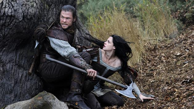 VIDEO: 'Snow White and the Huntsman' film clip