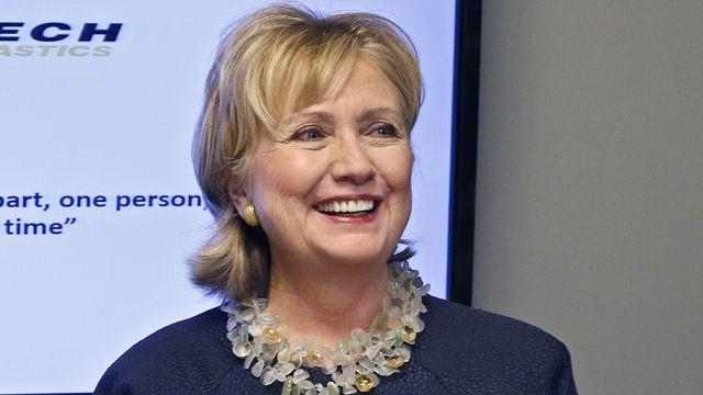 Clinton defends handling of Benghazi in new memoir