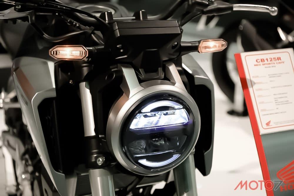 科技感十足的圓燈設計,顛覆傳統圓燈的造型。
