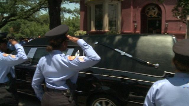 Video: New Orleans law enforcement honors Officer Rodney Thomas in funeral procession