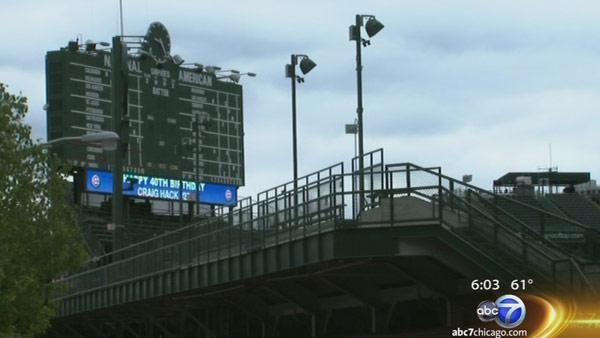 Chicago council approves $500M Wrigley renovations