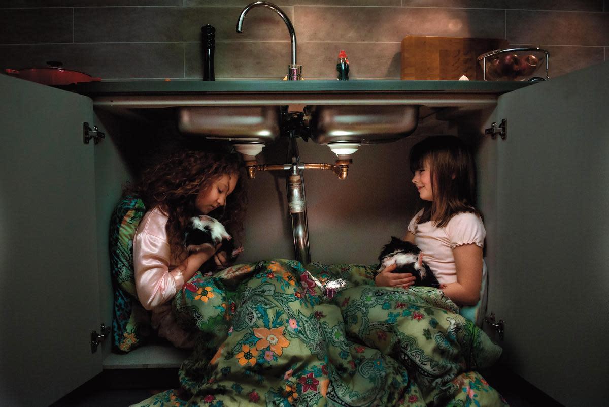 根據同名繪本改編的《西西夢遊仙境》,以奇幻的手法描述兩個女孩不對等的互動關係,呈現小朋友在現實生活裡可能會遇到的問題。(台灣國際兒童影展提供)