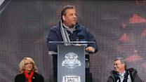 Christie Booed at Super Bowl Ceremony