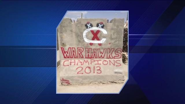 Army sergeant pays tribute to Blackhawks in Afghanistan