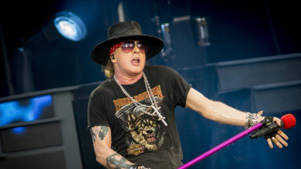 Fans shocked Axl Rose is 'the voice of reason' on politics