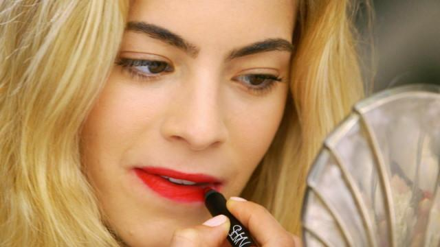 3 Steps to Mastering the Classic Red Lip