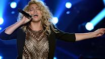 "Tori Kelly ""Should've Been Us"" 2015 MTV VMA Performance"