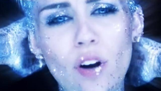Miley Cyrus Naked Alien in Future Real And True Music Video
