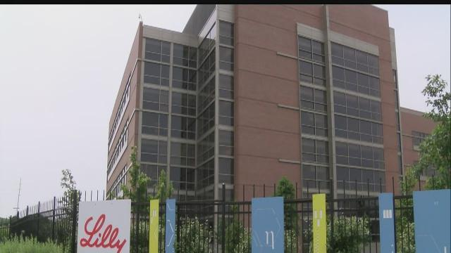 Security ignores 3 alarms as burglars strike Eli Lilly complex