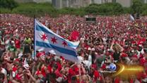 Fans line up early for Blackhawks rally