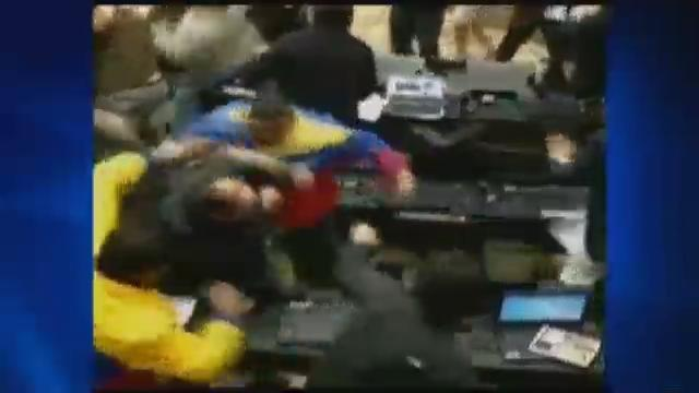 Venezuela lawmakers brawl amid election tensions