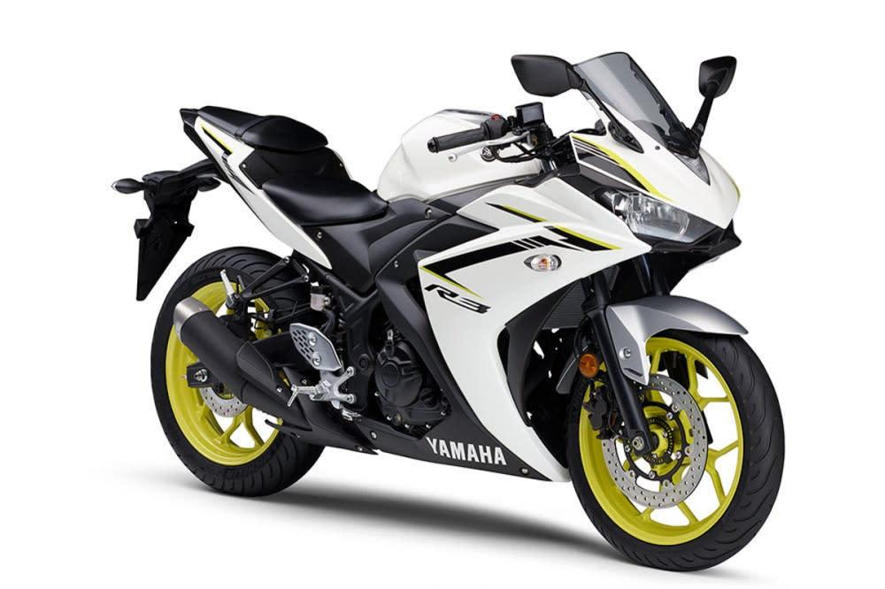 亮光白配色搭配黃色拉線,2018年式連同輪框也採用黃色配置。