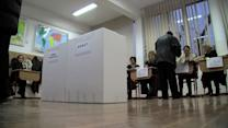 Romania picks parliament, centre-left poised for win