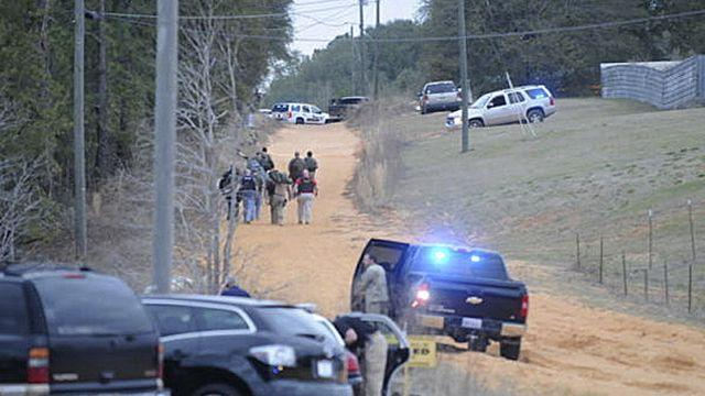 Police standoff after fatal school bus shooting, kidnapping