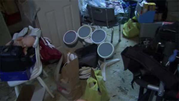 Port Richmond flooding leaves big mess for residents