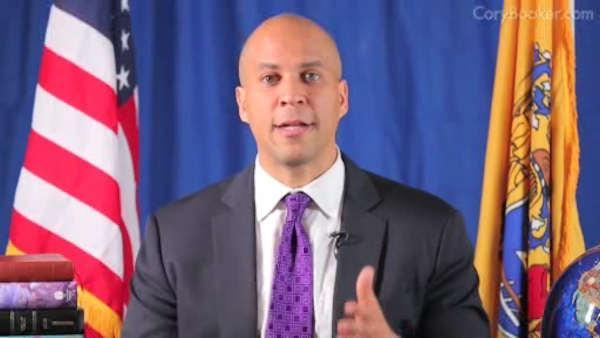 Mayor Cory Booker makes US Senate run official