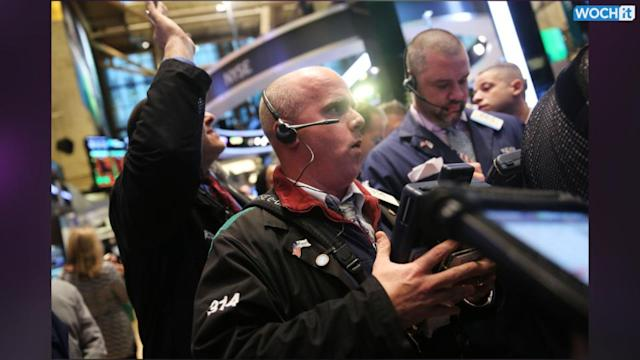 Stocks Mixed After Consumer Confidence Weakens