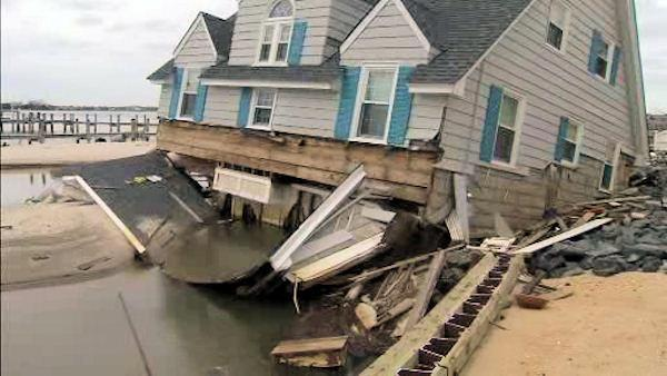 Some Mantoloking residents finally return after Sandy