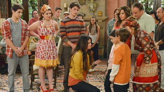 'Wizards' Cast Returns to Waverly Place