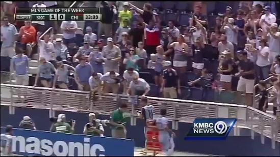 Yellow card for Sporting KC player who takes selfie