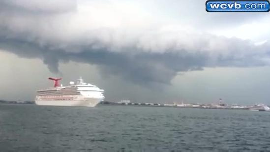 Lightning comes down over Logan, cruise ship