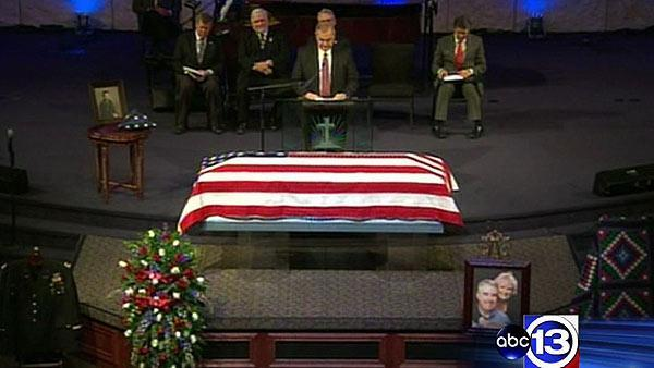 Memorial held for slain Kaufman Co. DA, wife