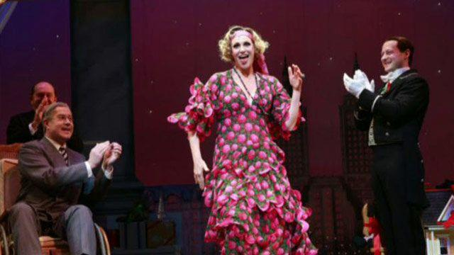 Jane Lynch switches gears